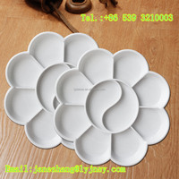 white color and flower shape paint palette for artists painting