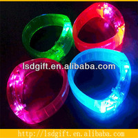 Flashing flexible glow in the dark rubber band bracelets