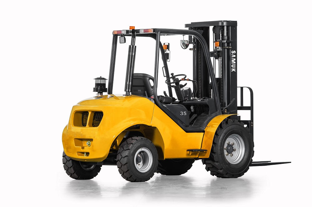 1.8-3.5ton Samuk Off Road Forklift with YANMAR4TNE98 engine