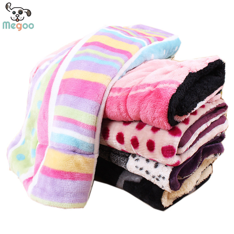 Multi-Color Coral Fleece Dog Blankets WInter Puppy Crate Mats