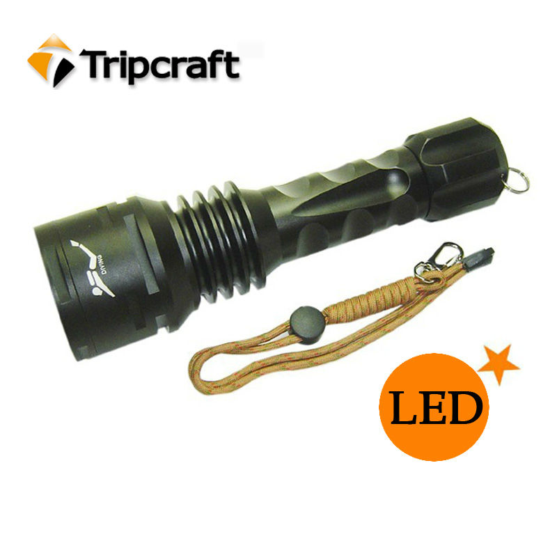 TrustFire DF003 x XM-L T6 Emitters 3800-Lumen Diving Flashlight 26650 AND Charger