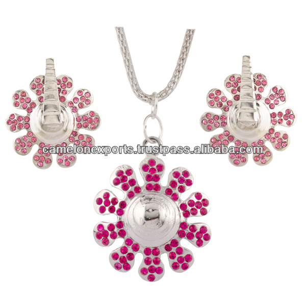 (AD 950-1050) antique reproduction jewelry set with multi gemstone and dangle earrings jewellery. Zinc alloy led free metal.