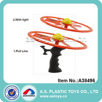 Outdoor plastic flying disc LED launcher pull string flying toy for children