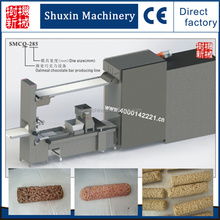 China Shanghai Factory Chewy Oatmeal Chocolate Chip Granola Bars Making Machine Equipment Production Line