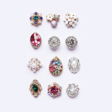2017 Fashion Glitter Handmade Mixed Nail Art Designs Alloy with Rhinestone Pearl Nail Decoration Accessories