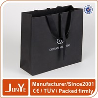 Size custom black matte retail paper packing gift bag