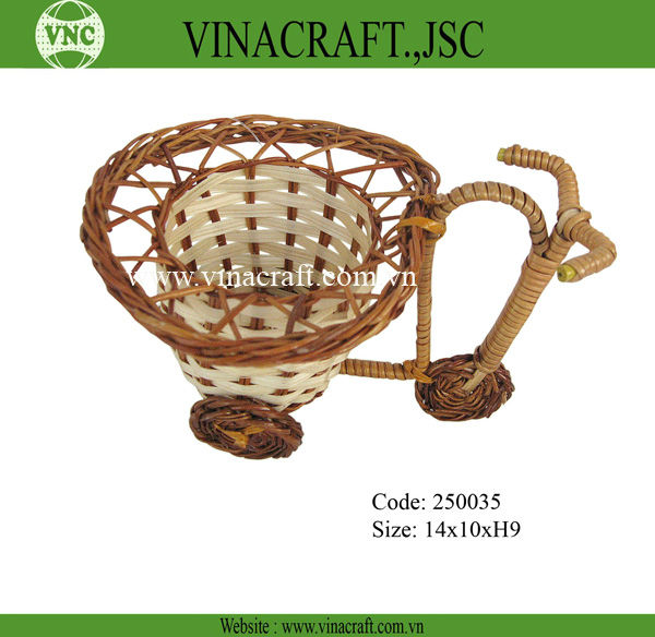 Bicycle shape willow gift basket for christmas holiday