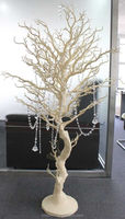 4ft Ivory white winter wedding centerpiece ideas wedding ccasion manzanita tree