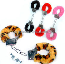 Well-known many varieties colors adult woman sex toys fur handcuffs SH1511
