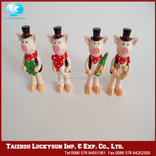 The wholesale mini polyresin ornaments mini figurine for festivals