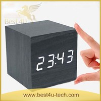 Creative Small Alarm Clock Snooze / Students Creative Personality Wood Clock / LED Mute Luminous Electronic Bedside