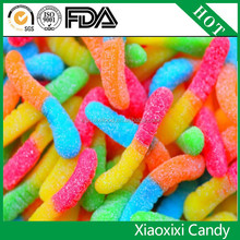 Sour pear flavour worms gummi vat 19 gummy worms candy
