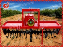 Rototiller cultivating machine farm equipment
