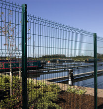 ZeRun Factory Triangle Bend Fence V Type Bending Curved 3D V Type Bending Curved 3D Panel Welded Wire Mesh Fencing
