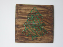 Green String Art Christmas Tree On Wood Board Wall Decor