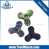 Electroplating Tri-leaf Little Flower Design Zinc Alloy Material Finger Gyro, tri-spinner