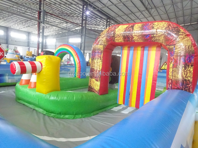 Commercial 0.55 PVC material Inflatable sports fence for kids animal rides