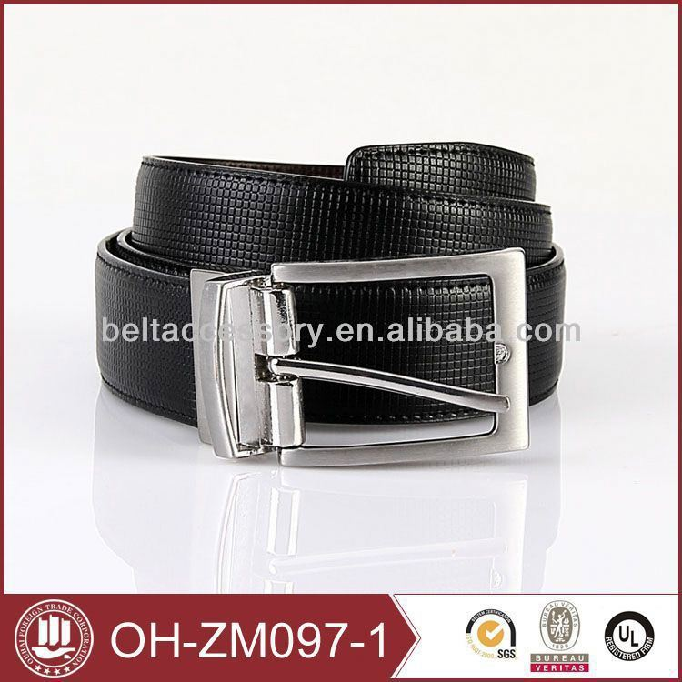 2016 New design fashion buckle of top designer mens belts with carbon fibre pattern