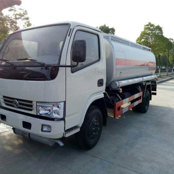 DONGFENG 8000L 4*2 oil tanker truck for sale