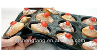 Professional 12 Cup Muffin / Yorkshire Pudding / Cupcake Tray. Superior Quality NonStick Silicone Bakeware, Kitchen Mould