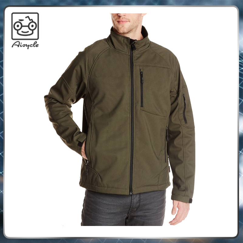 Windproof waterproof winter climbing softshell jacket of men