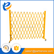Retractable temporary fence car parking crowd control barrier