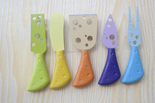 Plastic colorful handle cheese knife and cheese tool set