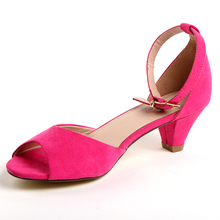 Hot selling Chinese Manufacturer fashion women sandals low price ladies sandals