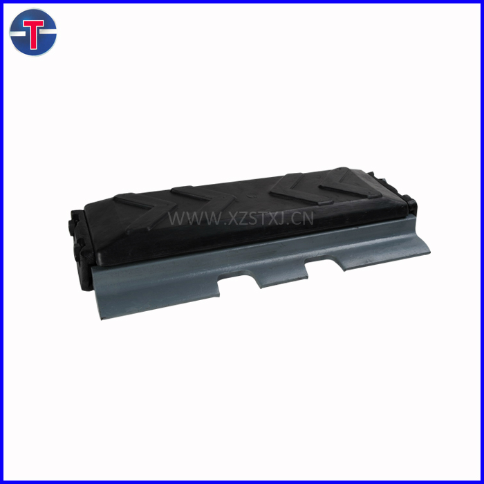 made in China excavator rubber steel track pad plate
