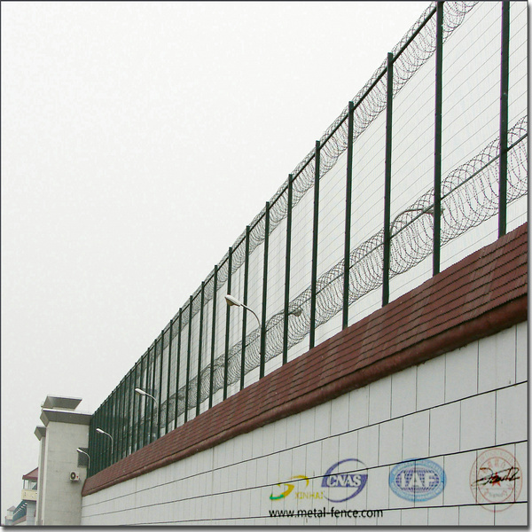 Anping county Galvanized Metal steel wire mesh fence Highway guardrail