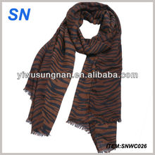 2014 fashion tiger stripe pattern spring and autumn scarf for ladies