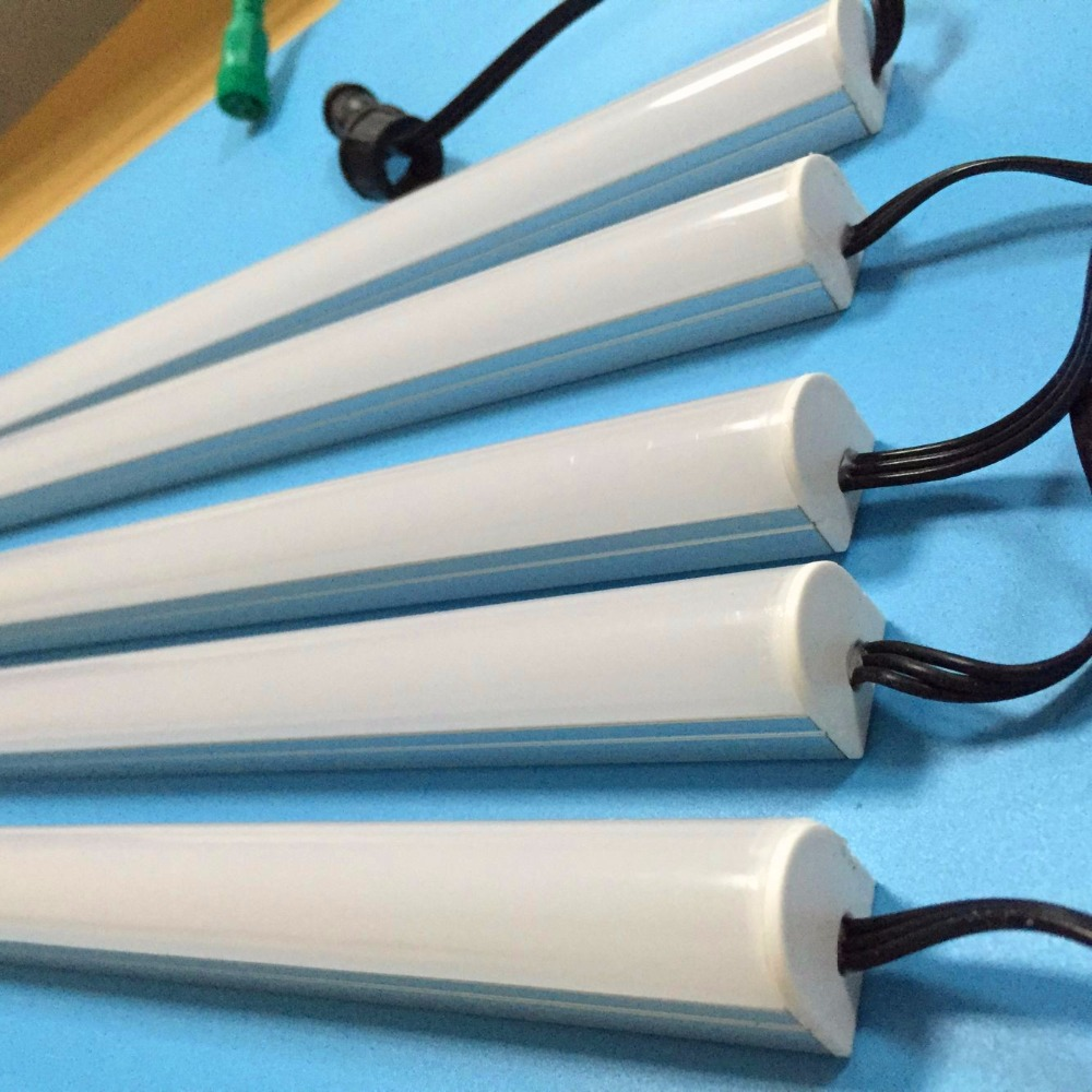 1m DC5V WS2812B LED digital rigid bar;with milky cover;32pixels/m;1m long;DC5V input;with 13.5mm 3 core pigtail;