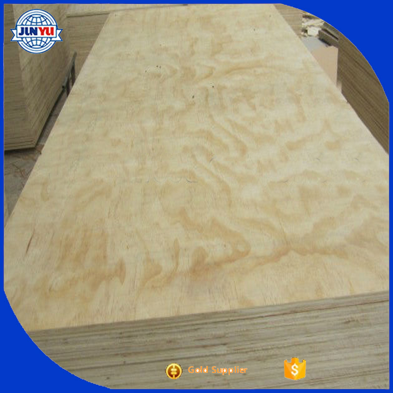 Cheap New Zealand pine wood for construction