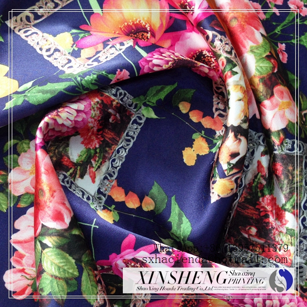 100% polyester textile printed smite flower design satin fabric for gril clothing