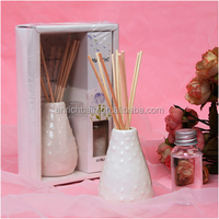 Aroma reed diffuser with rattan sticks