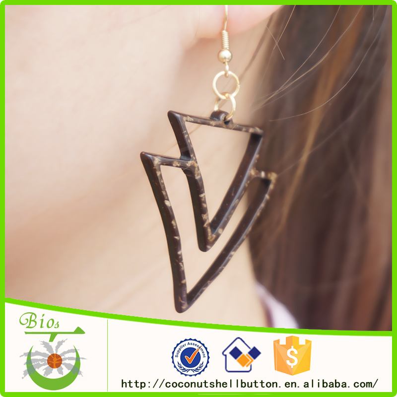 Laser engraves brand name triangle shape coconut shell drop earrings