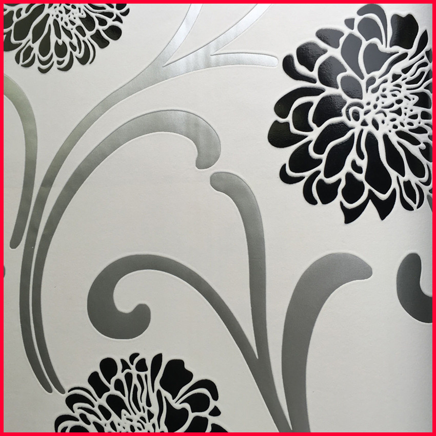 Graceful Floral Popular Flocked Wall Covering