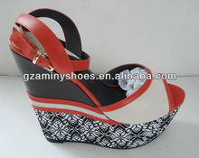 2014 Latest wedge sandals for womens