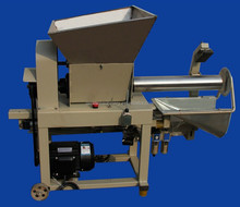 good qualilty mushroom bagging machine/mushroom production equipment