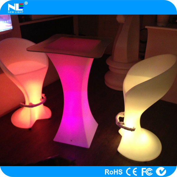 Cheap LED night club table/high brightness rechargeable battery plastic led bar table