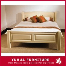 Hot Sale Solid Pine Wood Painted Carving Double Bed Bedroom Furniture