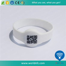 QR code barcode festival fabric wristbands / RFID NFC wristbands for events