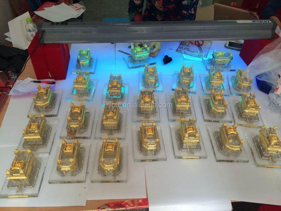 Wholesale Crystal Indian Wedding Return Gifts For Sikhism Golden