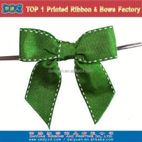 Green stiched edge grosgrain pull bow ribbon