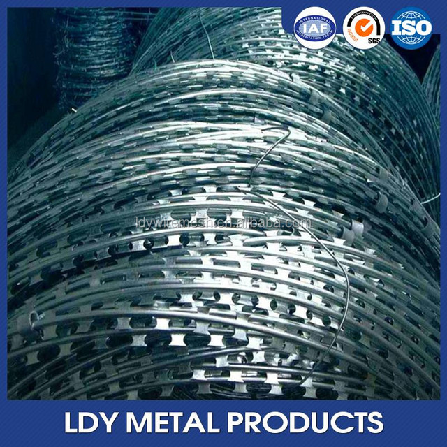 2016 manufacturers selling stock barbed tape razor concertina wire