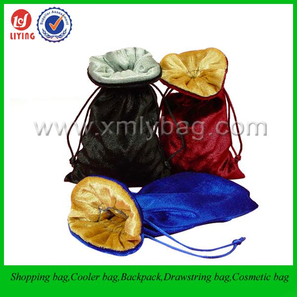 Custom Velvet Drawstring Dust Pouch Bag for Jewelry