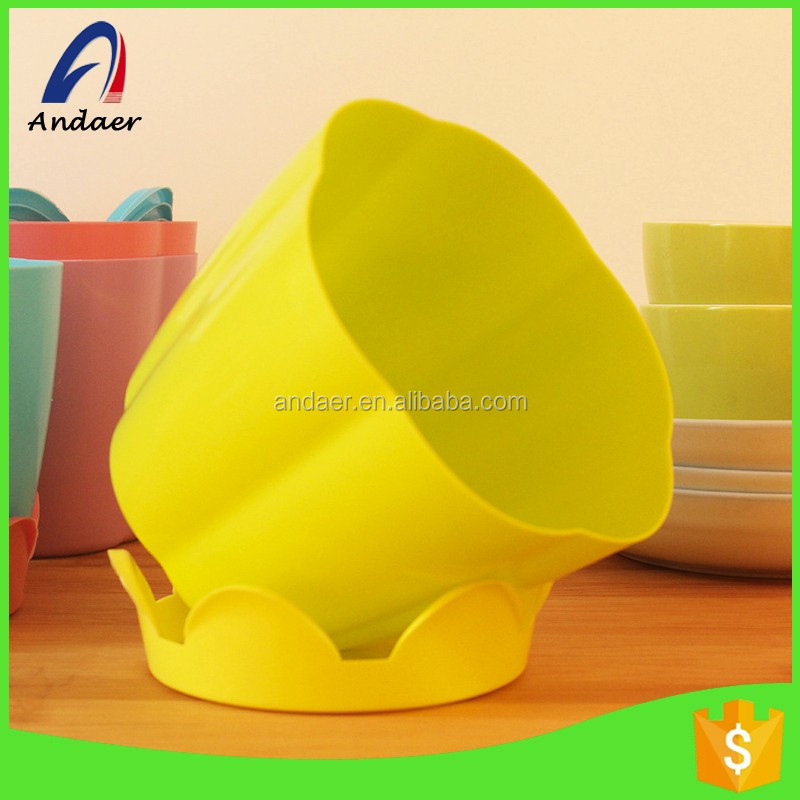 Garden decoration,household or family need,new style,eco-friendly and nice PP flower pot with a tray