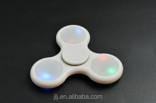 High Quality Hand Spinner Toy With LED Lights Tri Fidget Spinner With Ceramic 608 Bearing