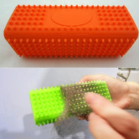 2014 New Design creative pet hair remover Silicone Pet Brushes