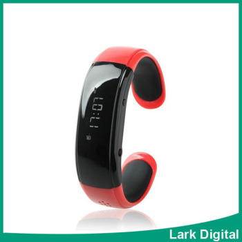Bluetooth bracelet watch intelligent smart watches for Iphone5